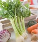 Ăn cần tây vừa thơm ngon vừa chữa bệnh