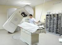 Điều trị xạ gia tốc tại Trung tâm Y học hạt nhân và Ung bướu